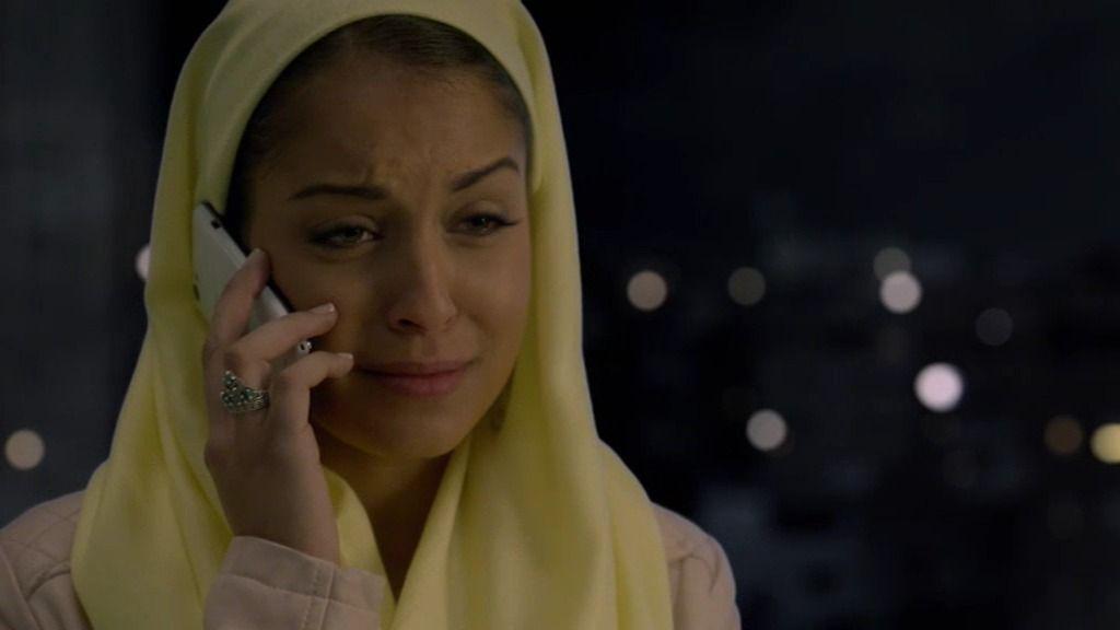 Fátima obedece a las órdenes de su padre y acaba con sus planes de fuga junto a Morey