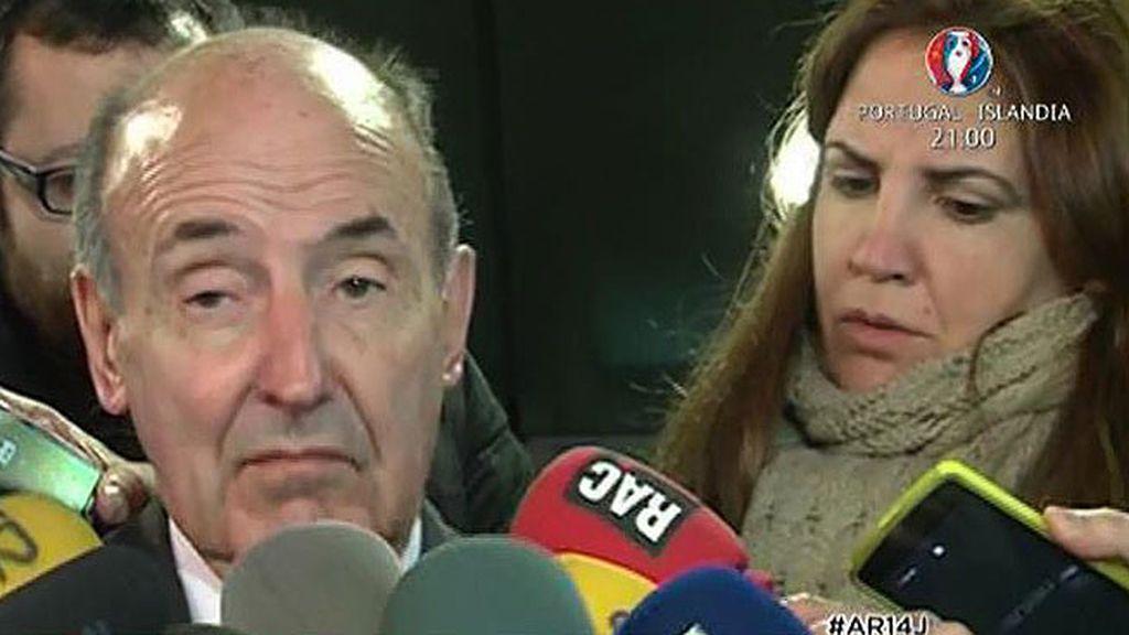 Miquel Roca explica al juez Pedraz el presunto chantaje del que fue víctima