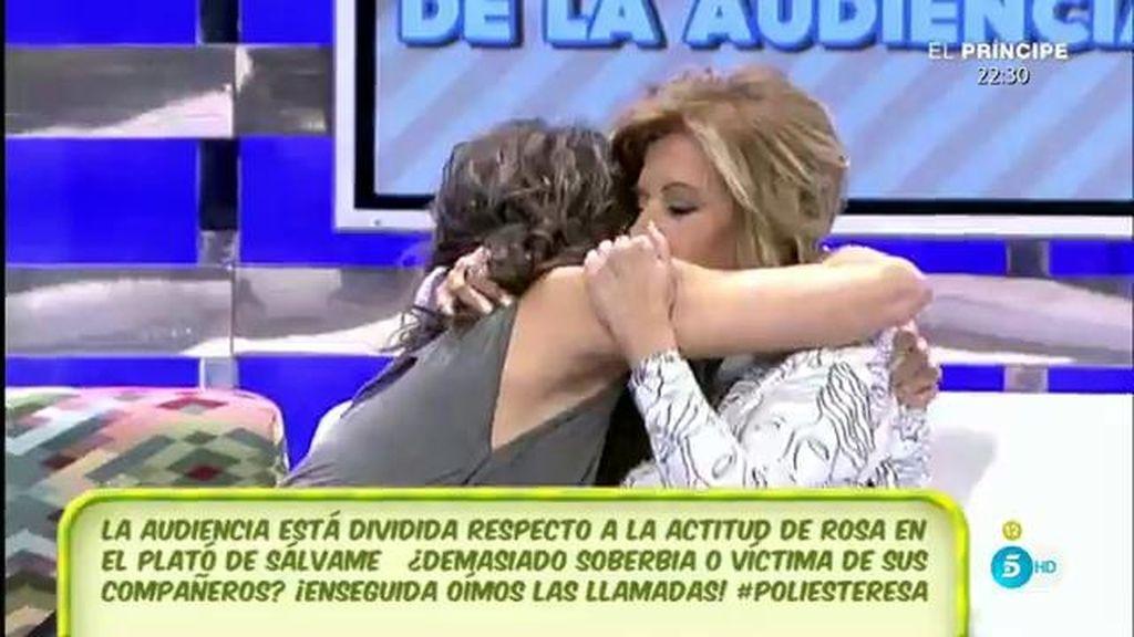 """Mª Teresa desmiente tener mala relación con Paz Padilla: """"Tú siempre estarás conmigo"""""""