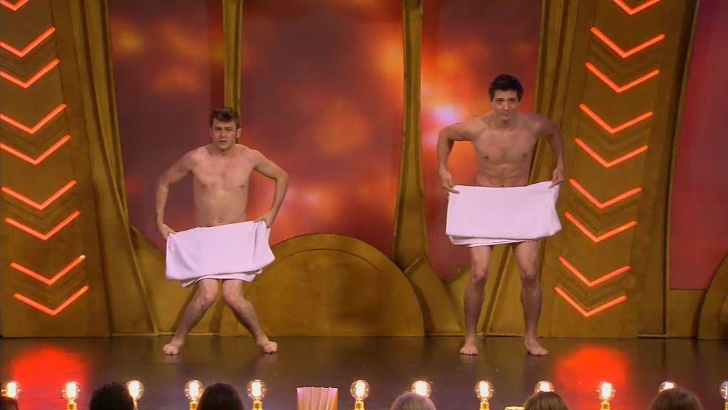 'Les beaux Freres' o cómo evitar que se te caiga la toalla y te vean desnudo