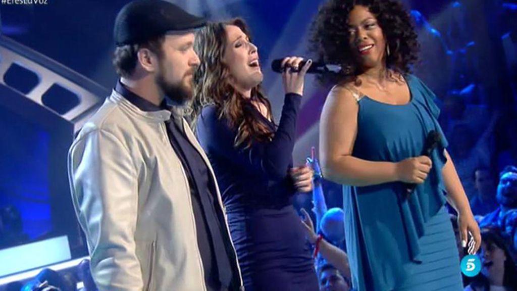 Joaquín y Diana cantan 'Blanco y Negro' junto a su  coach, Malú