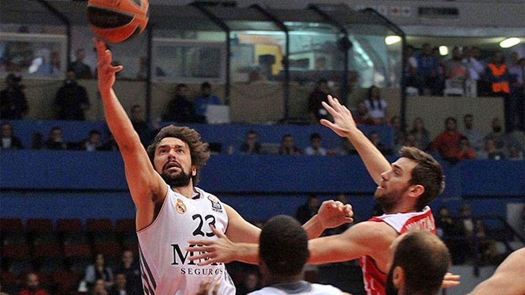 El Madrid deja escapar al Olympiacos en Atenas desde la línea de tiro libre (78-76)