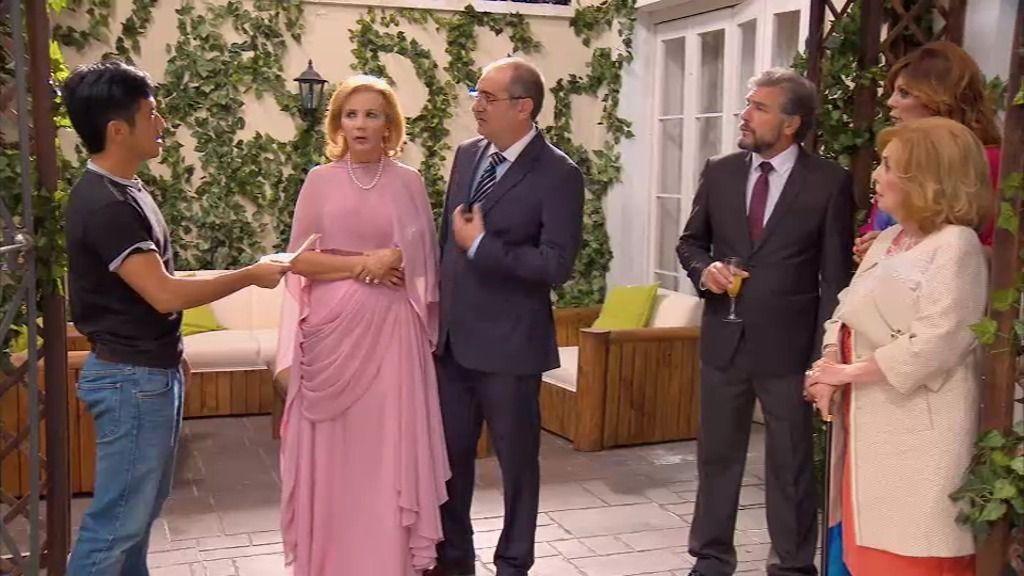 Maruchi y Piluca se van de boda