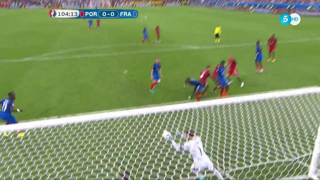 Volvió a aparecer Lloris para salvar el gol de la Selección portuguesa