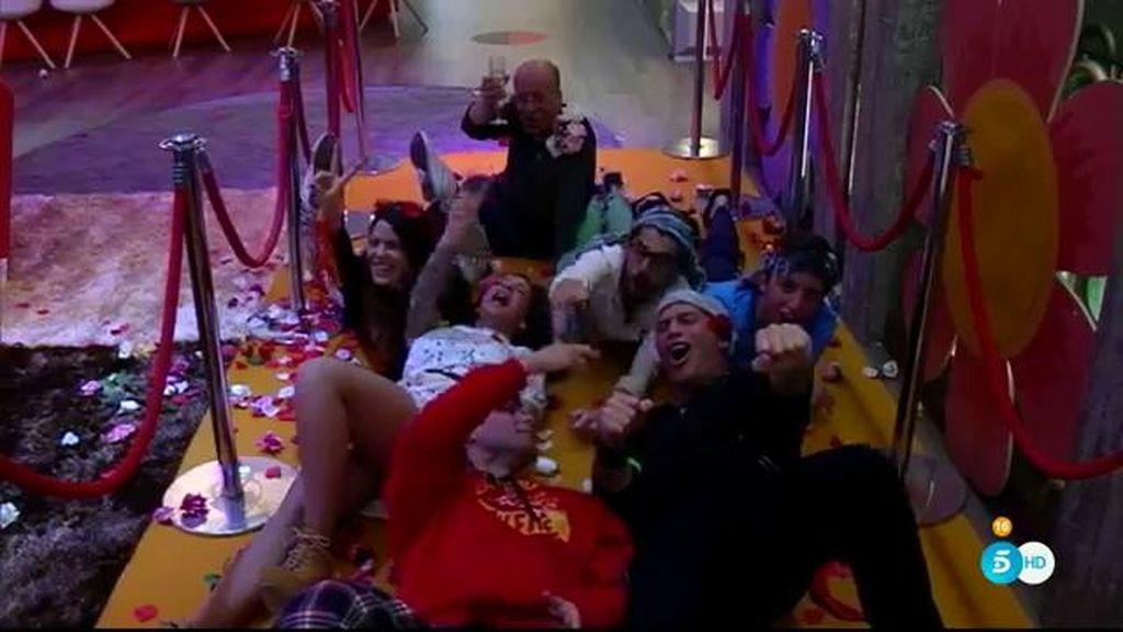 Los concursantes se lo pasan en grande en la fiesta de la primavera de 'GH VIP'
