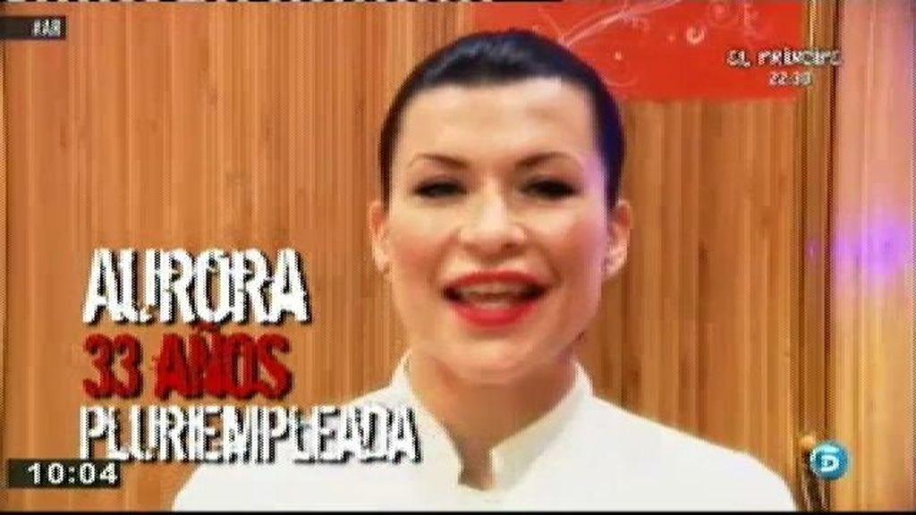 Aurora, directora de un centro de estética, camarera y coach de imagen personal