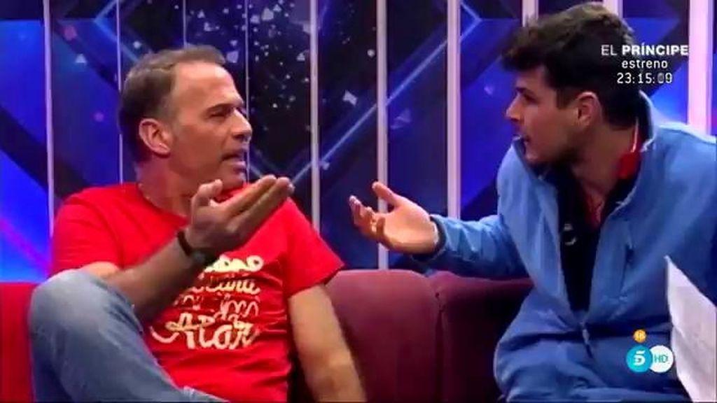 """Carlos, a Alejandro: """"Empiezo a pensar que tienes maldad, tienes detalles feos"""""""