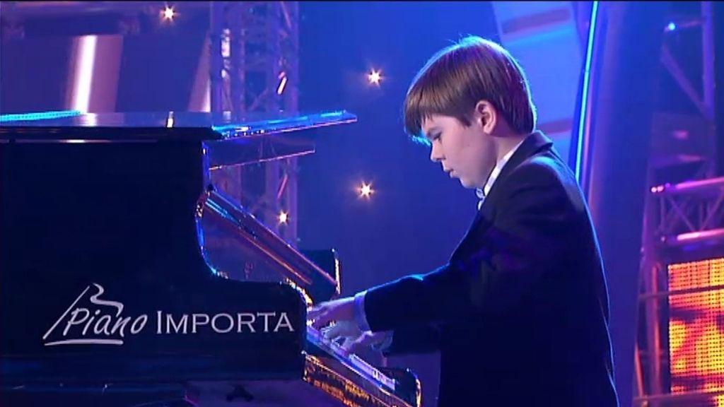 Michael Andreas, el pequeño gran pianista