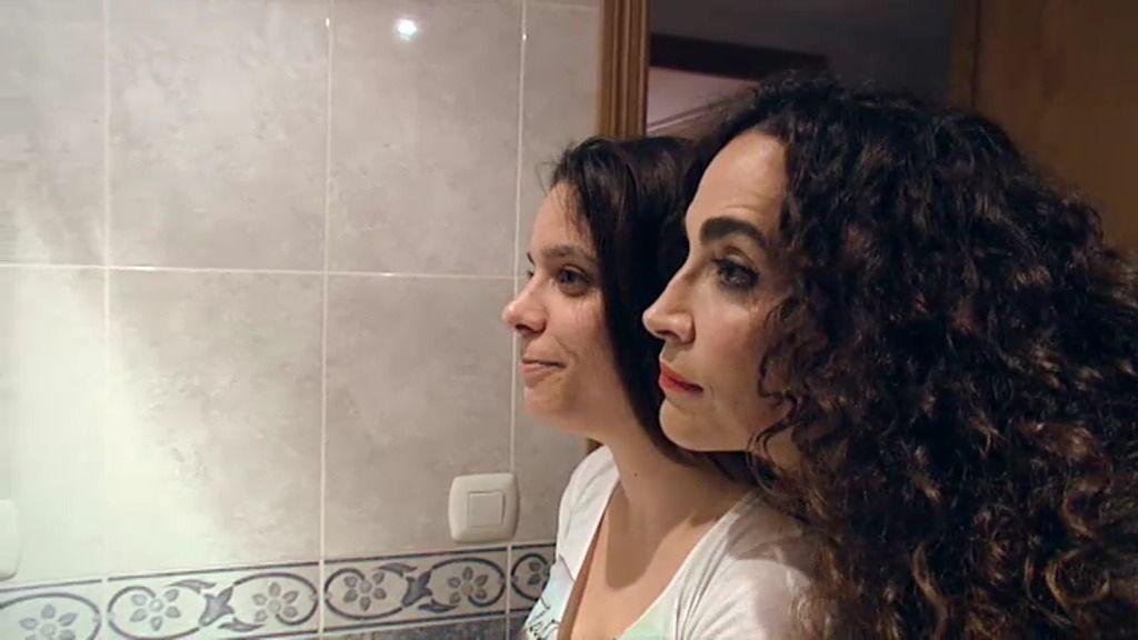 Miriam sólo ve su declive ante el espejo