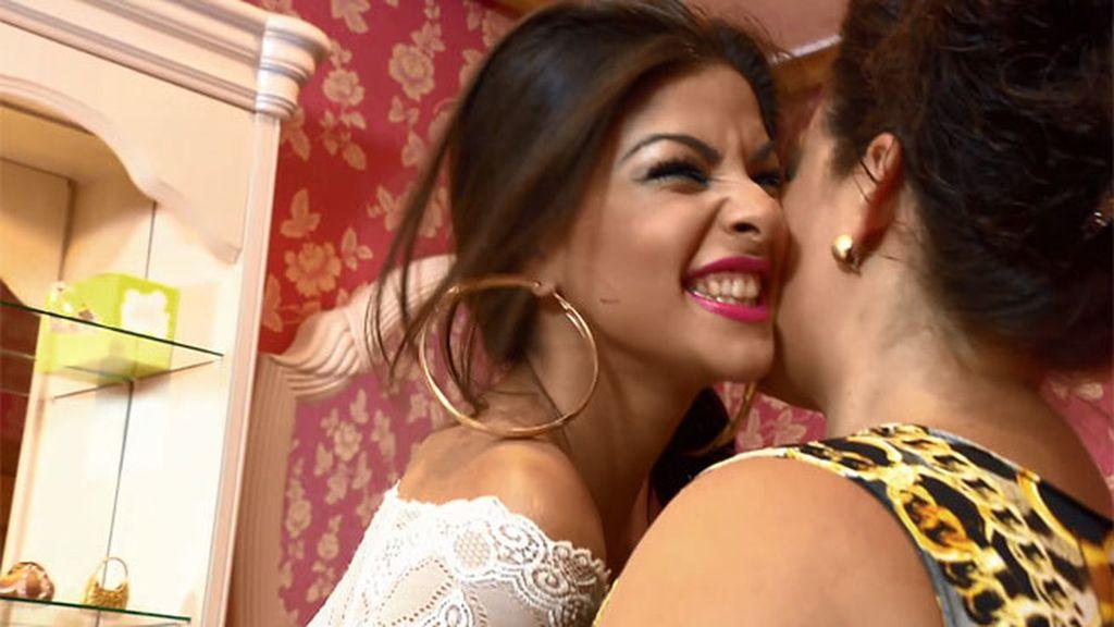 'La Rebe' recibe los ánimos de su familia antes de irse a Miss Gitana