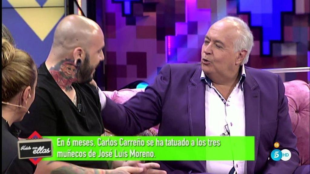En 6 meses, Carlos Carreño se ha tatuado a los tres muñecos de Moreno
