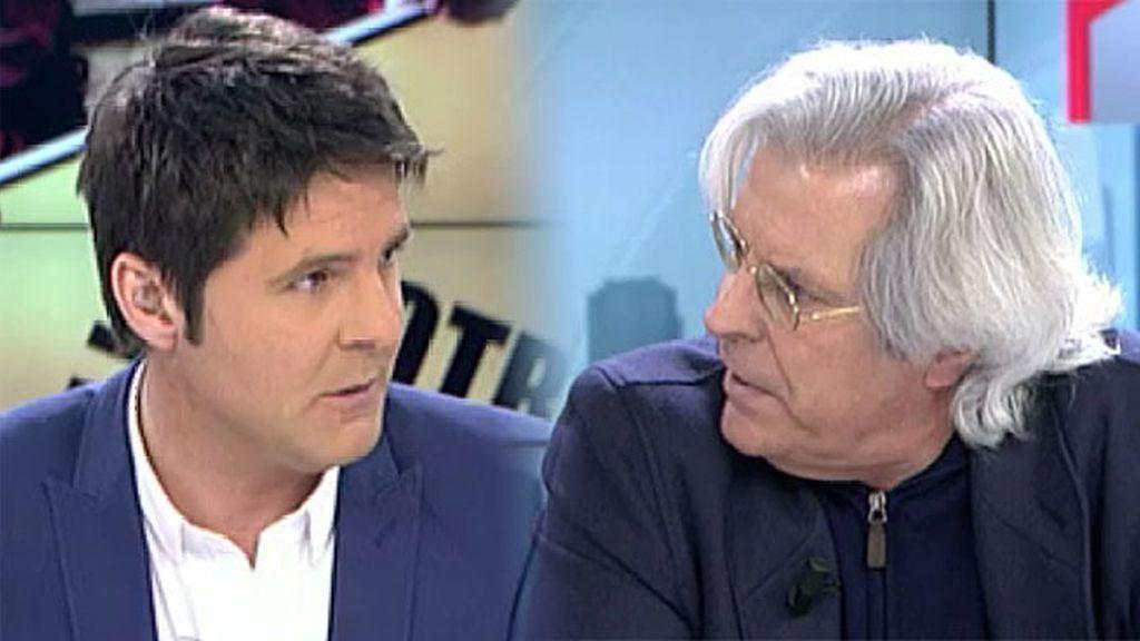 """Jesús Cintora se 'enzarza' con Nart: """"No hay que gritar, esta mesa no se golpea"""""""