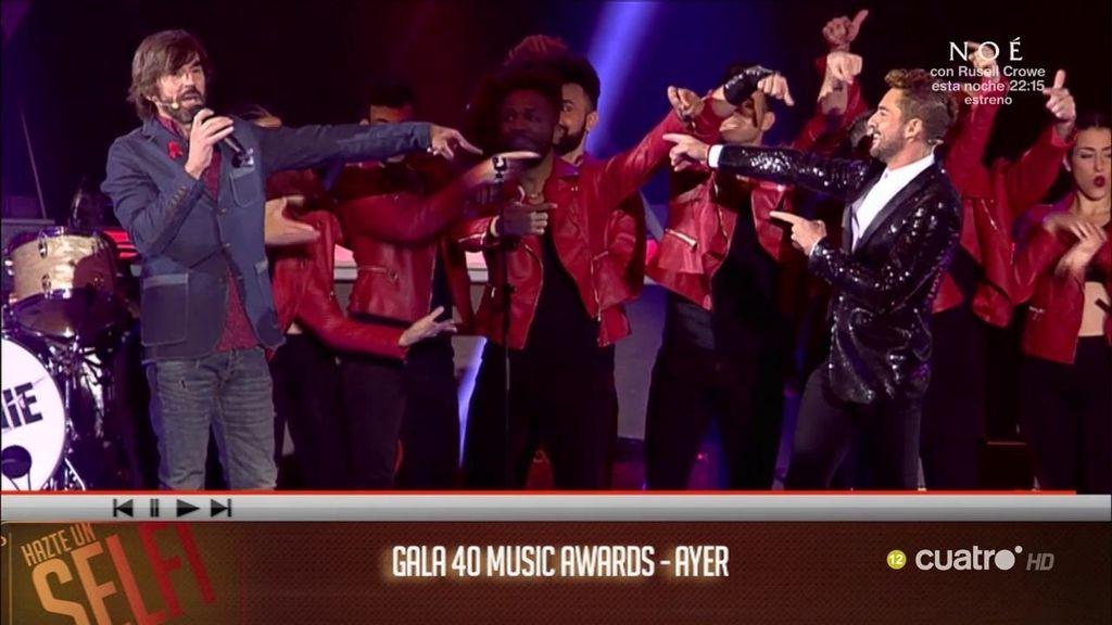 El 'momentazo' de la gala '40 Music Awards': Bisbal y Santi se retan en un duelo de baile