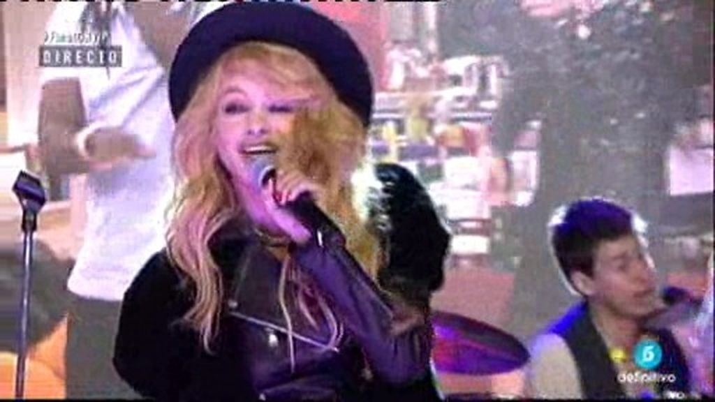 Paulina Rubio canta en directo 'Mi nuevo vicio' en la final de 'GH VIP'