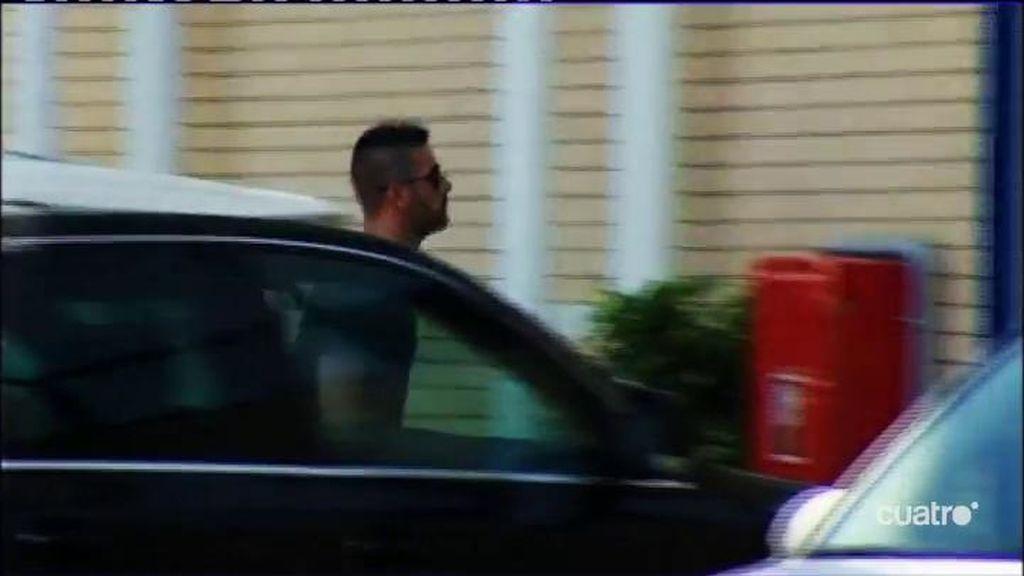Casilla recoge sus pertenencias y se despide en Cornellà – El Prat de los empleados