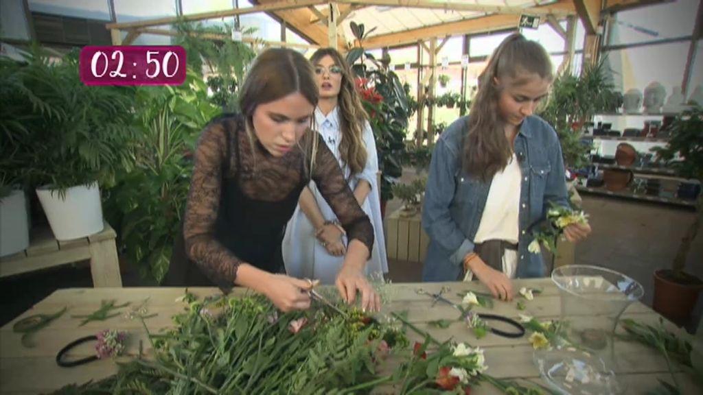 Susana y Paula se enfrentan a su primera prueba: Elaborar un tocado de flores