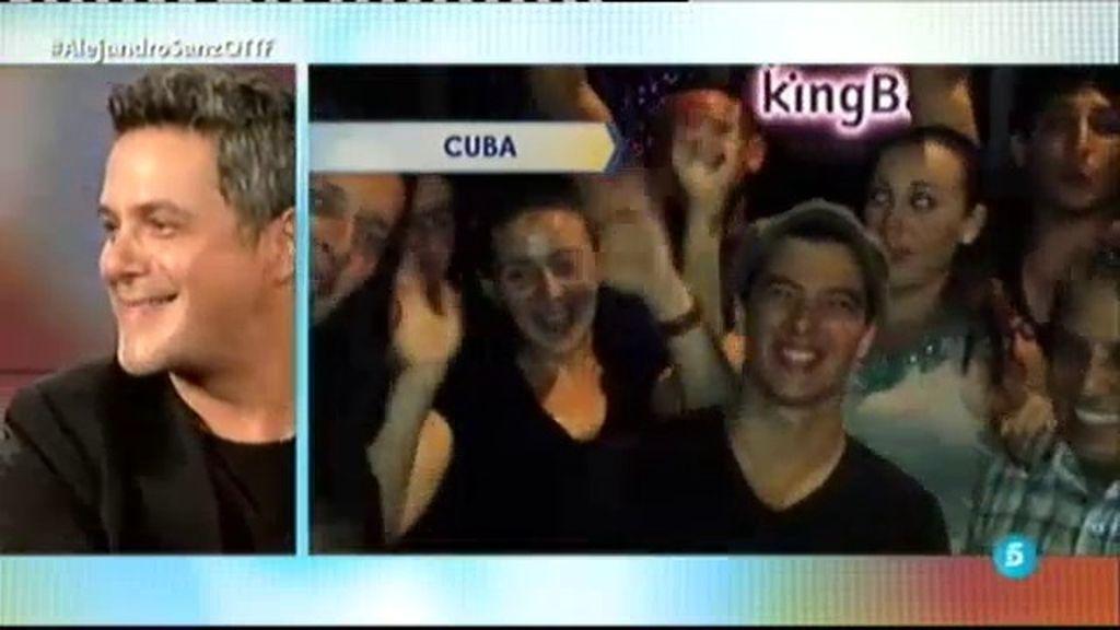Desde América hasta Rusia, los fans de Alejandro Sanz le sorprenden en '¡QTTF!'