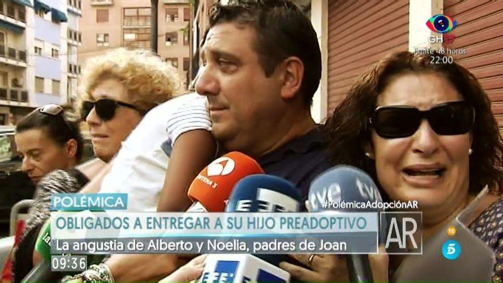 Alberto y Noelia, obligados a devolver a su madre biológica a su hijo preadoptivo