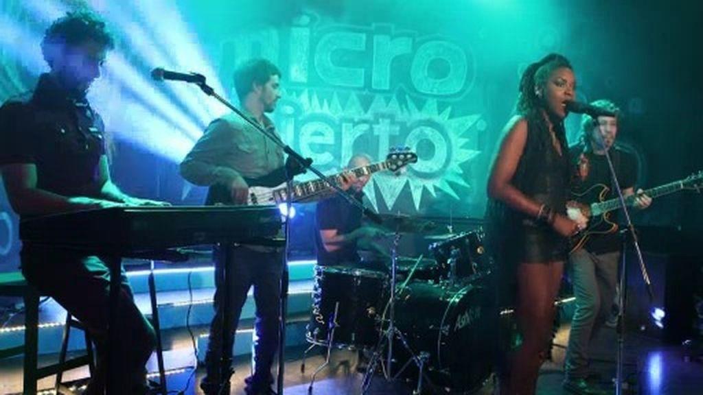 Cosmosoul lleva el ritmo soul a 'Micro Abierto' con su tema 'Heart Beat'