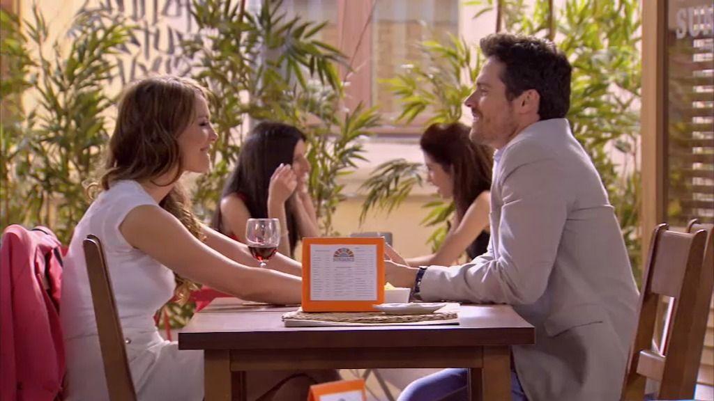 Paola le complica el reto a Carlos: tiene que romper con Eva
