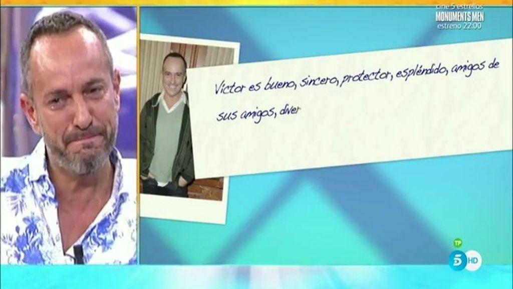 """Víctor Sandoval llora con la carta de sus amigas: """"¡Qué suerte he tenido en la vida!"""""""