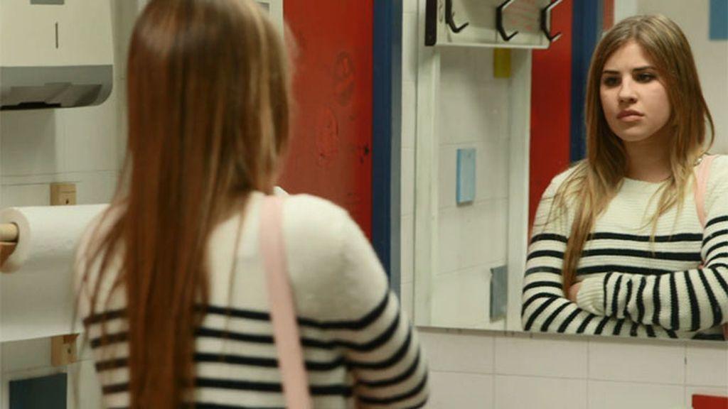 Lana tiene que tomar una decisión: dejar tirada a su madre o a André