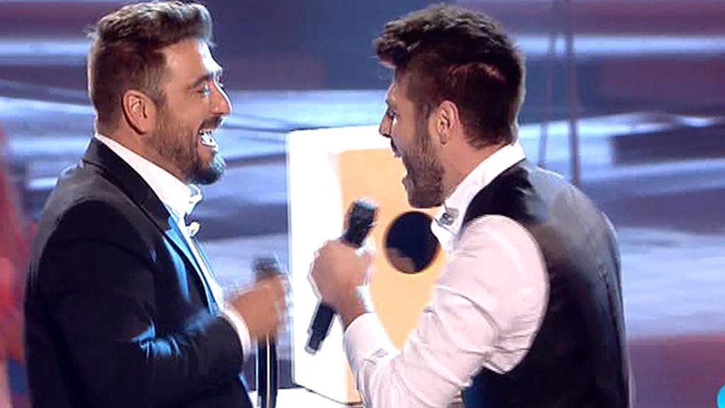 Doble ración de 'Antonios': Antonio Orozco y Antonio José cantan 'El Perdón'