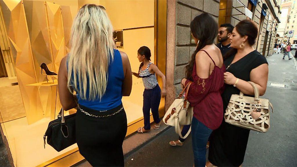 Los Jiménez se van de compras por Milán