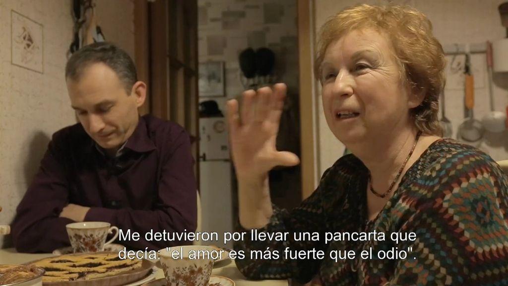 La madre de Dimitri venció su propia homofobia cuando su hijo 'salió del armario'