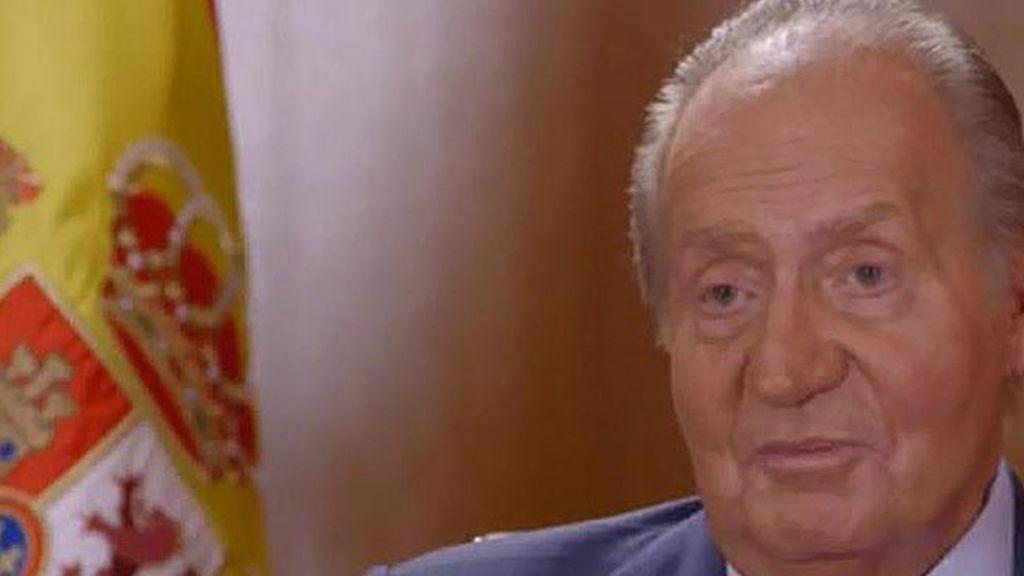 Don Juan Carlos desvela su estrecha relación con don Felipe en un documental francés