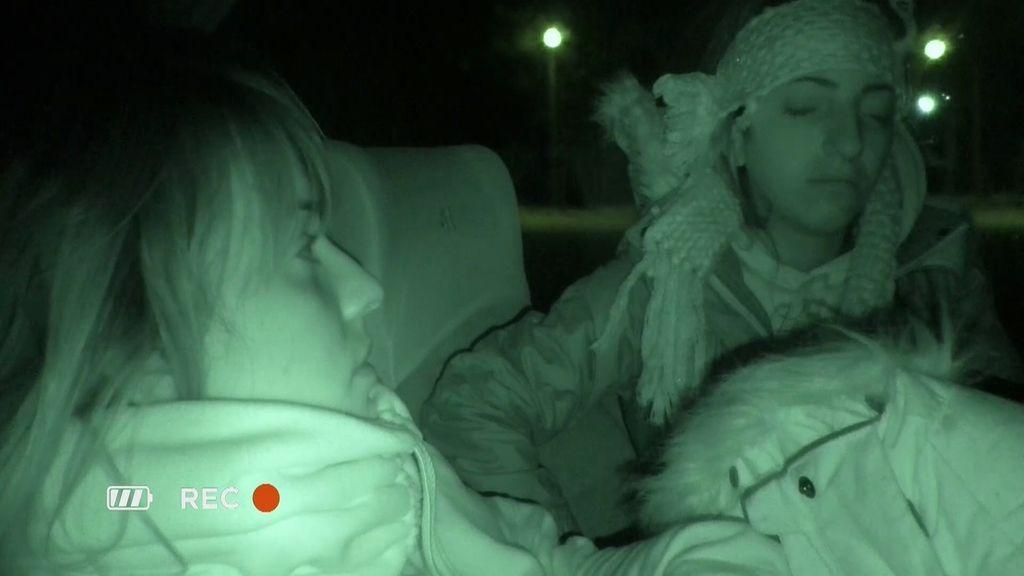 """Mertixell experimenta la situación de dormir en un autobús: """"Tengo que estar agradecida"""""""