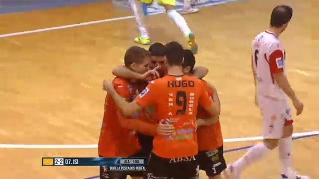 Burela Pescados y Santiago Futsal empatan en Vista Alegre (2-2)