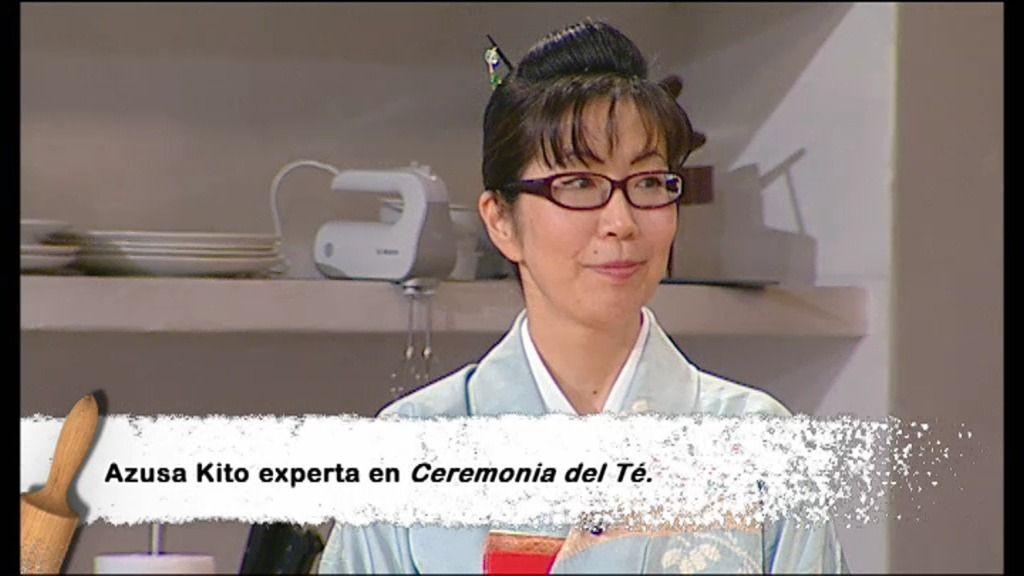 Azusa Kito, experta en Ceremonia del Té