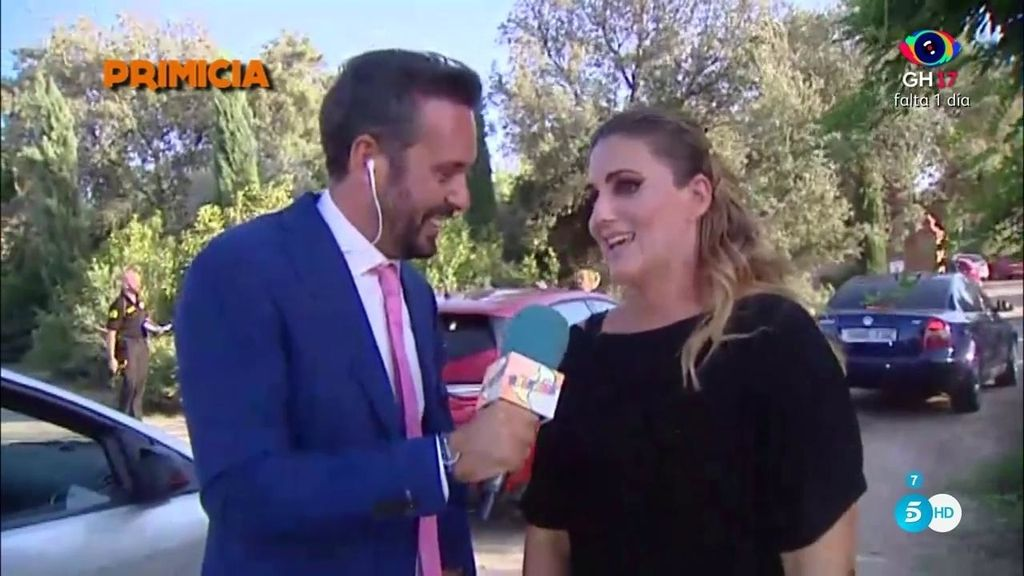 """Carlota Corredera, sobre la boda de Rocío: """"El viernes os contaré todo lo que me dejen"""""""