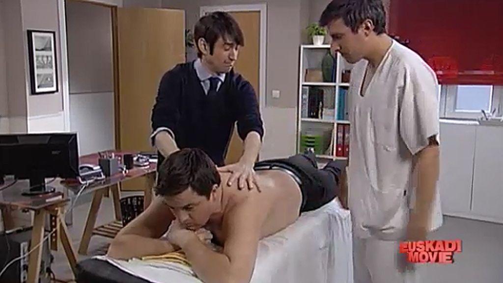 Urrutia recibe un curso de formación de masajes para su jefe