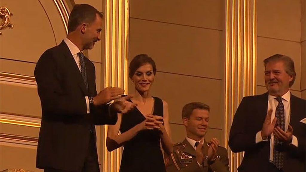 El Teatro Real saca 'los colores' a la reina Letizia por su 44 cumpleaños. ¡Felicidades!