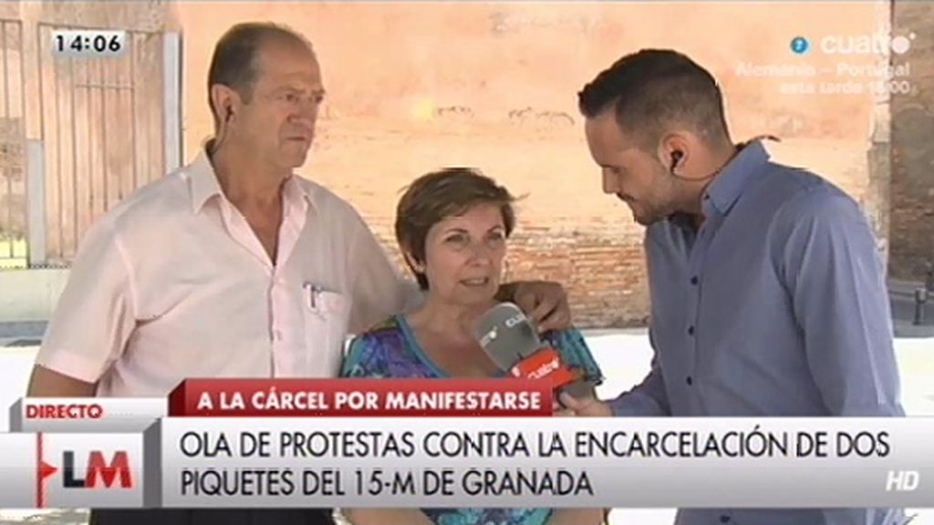 Los padres de Carlos, condenado a 3 años de prisión, piden el indulto