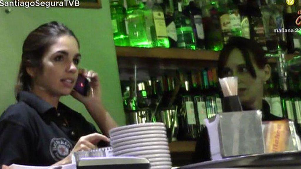 Elena Furiase se estrena como camarera