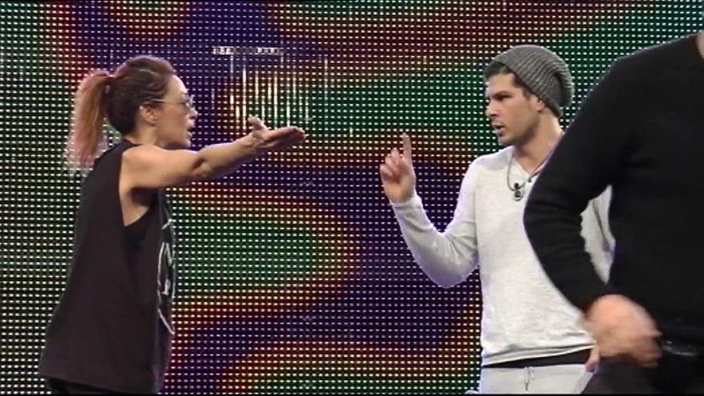 """Alejandro, a Lucía: """"Tú siempre hablas mal y luego todo lo arreglas con un perdón"""""""