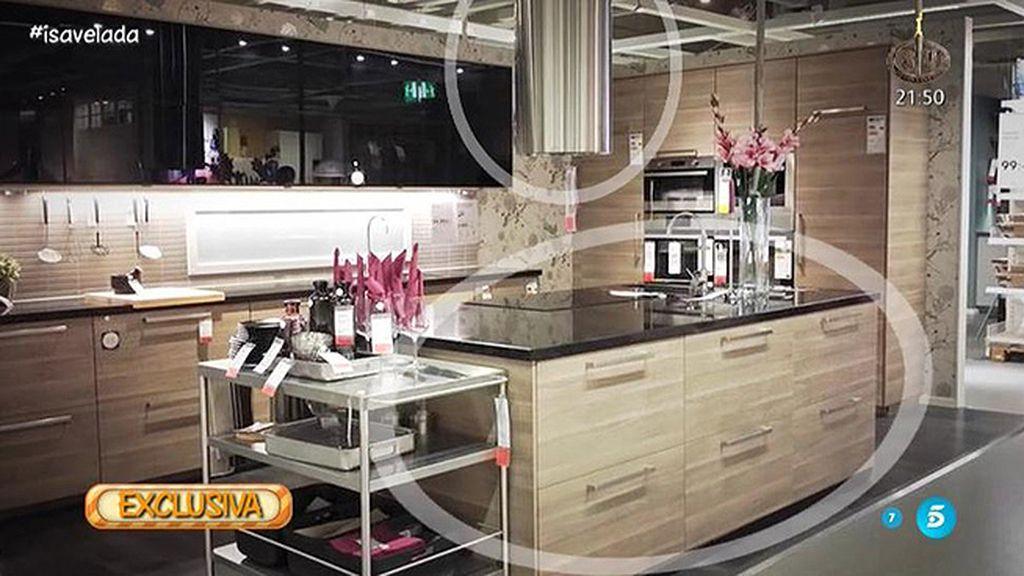 ¿Quién fue a comprar la cocina de Isabel Pantoja? ¿Cómo es? ¿Quién la pagó?