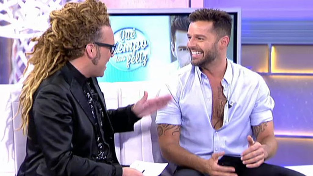 Torito juega con Ricky Martin a: 'Twitter pregunta, Ricky responde'