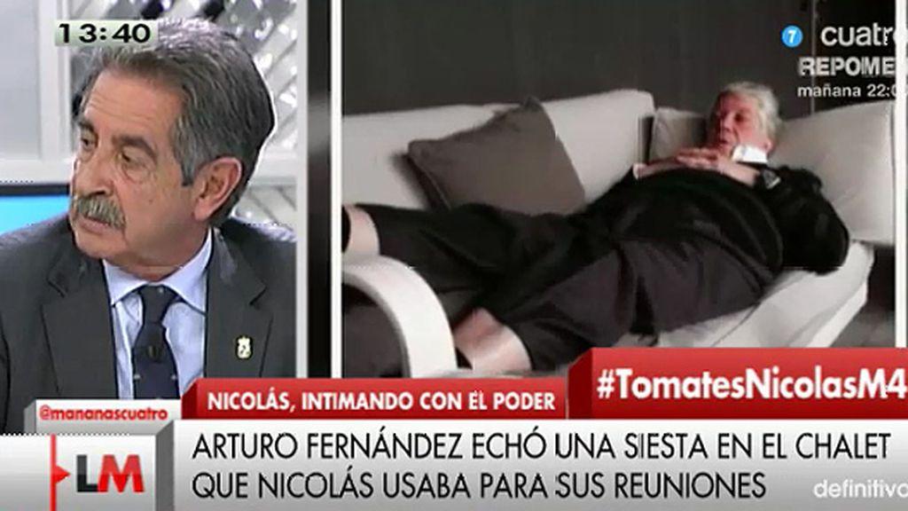 """Revilla, de la foto de Arturo Fernández: """"Ahí está haciendo la digestión de las tarjetas black"""""""