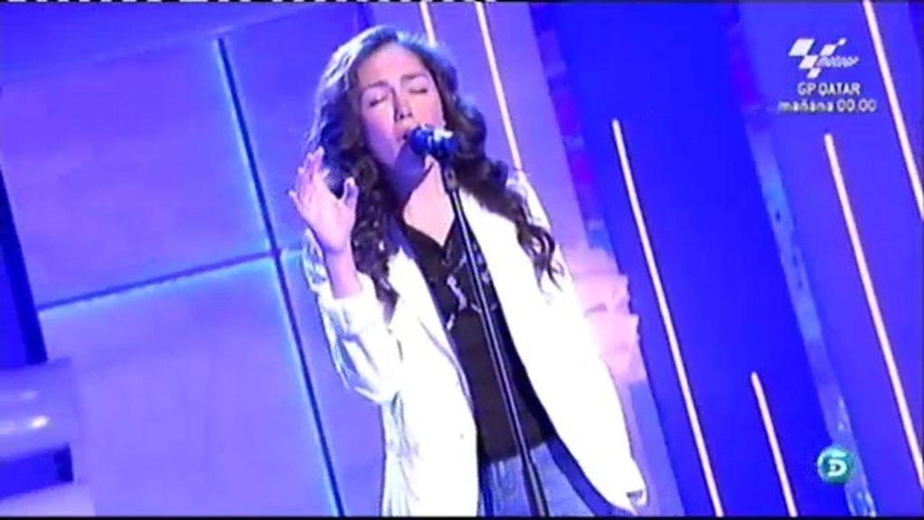 María canta 'Quién'