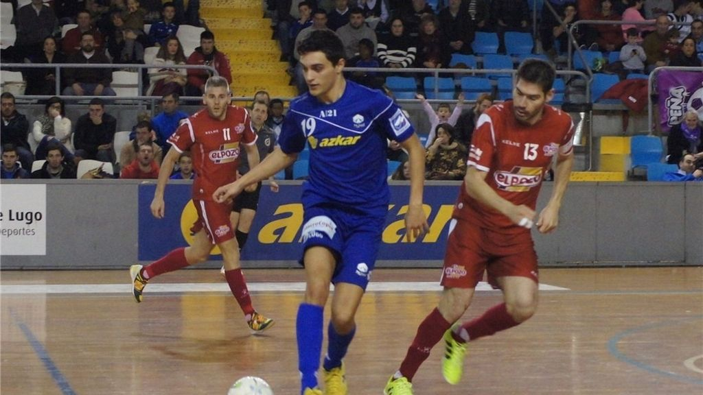 ElPozo Murcia se impone al Azkar Lugo y recupera la segunda plaza (4-6)