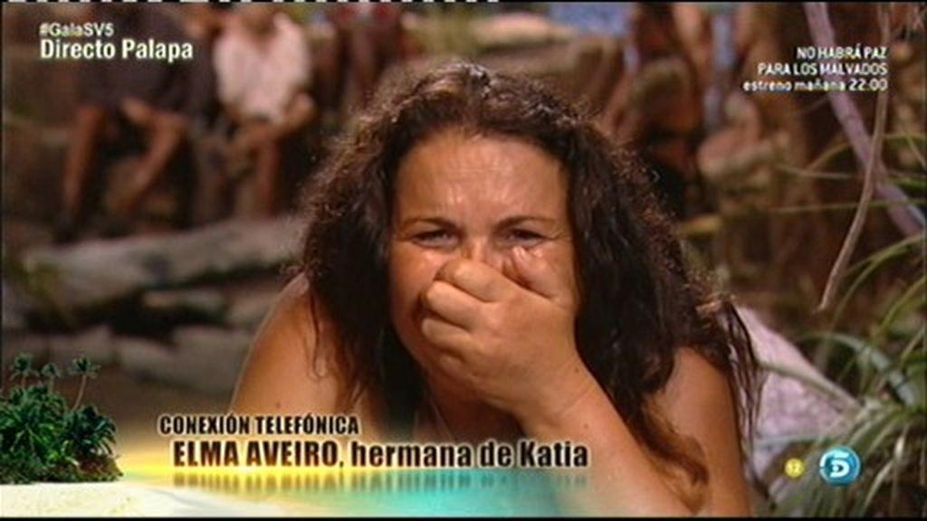 """Katia recibe una llamada sorpresa de su hermana: """"Toda tu familia te apoya"""""""