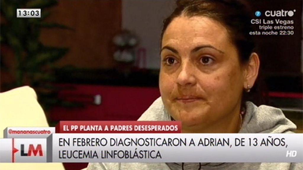 La madre de Adrián, enfermo de leucemia, denuncia los recortes en oncología