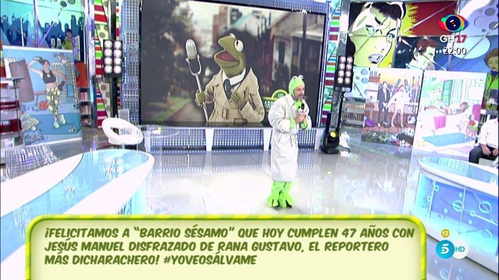 Jesús Manuel se convierte en ¡la rana Gustavo!