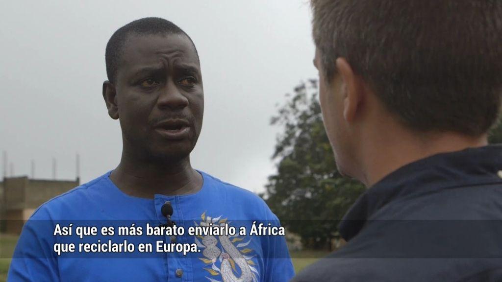 """Sampson, científico medioambiental: """"Existe un cártel que trae residuos tóxicos a África"""""""