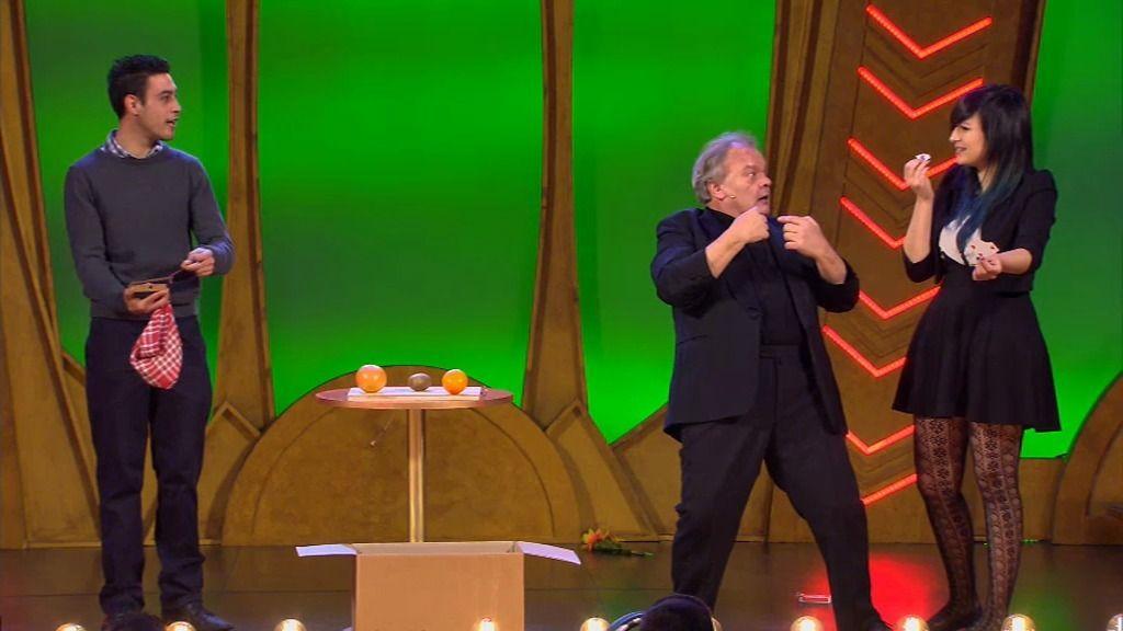 Gaetan Bloom nos sorprende con sus trucos de ilusionismo
