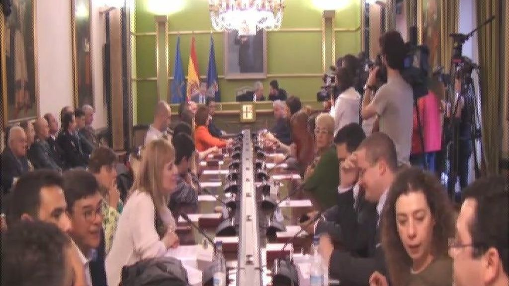 Alcalde socialista en Oviedo por sorpresa